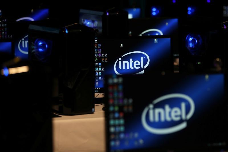 Intel bị nhiều đối tác kiện sau sự cố lỗi chíp